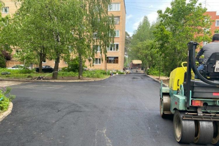 В посёлке санатория имени Герцена — новый асфальт