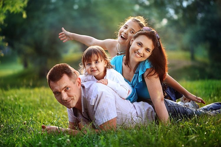 Чем счастливая семья похожа на кактус?