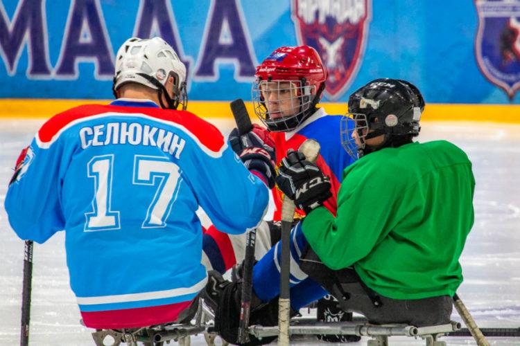 Одинцовская «Умка» готовится дать бой грандам следж-хоккея